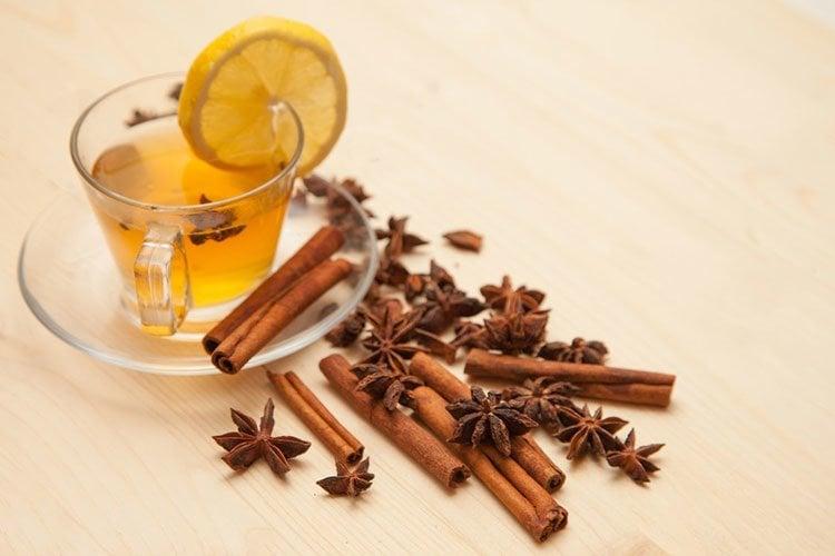 Algunos beneficios del té de canela