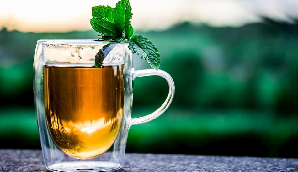 taza de te verde con menta